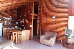 1bLounge2_Pirates_Creek_Accommodation