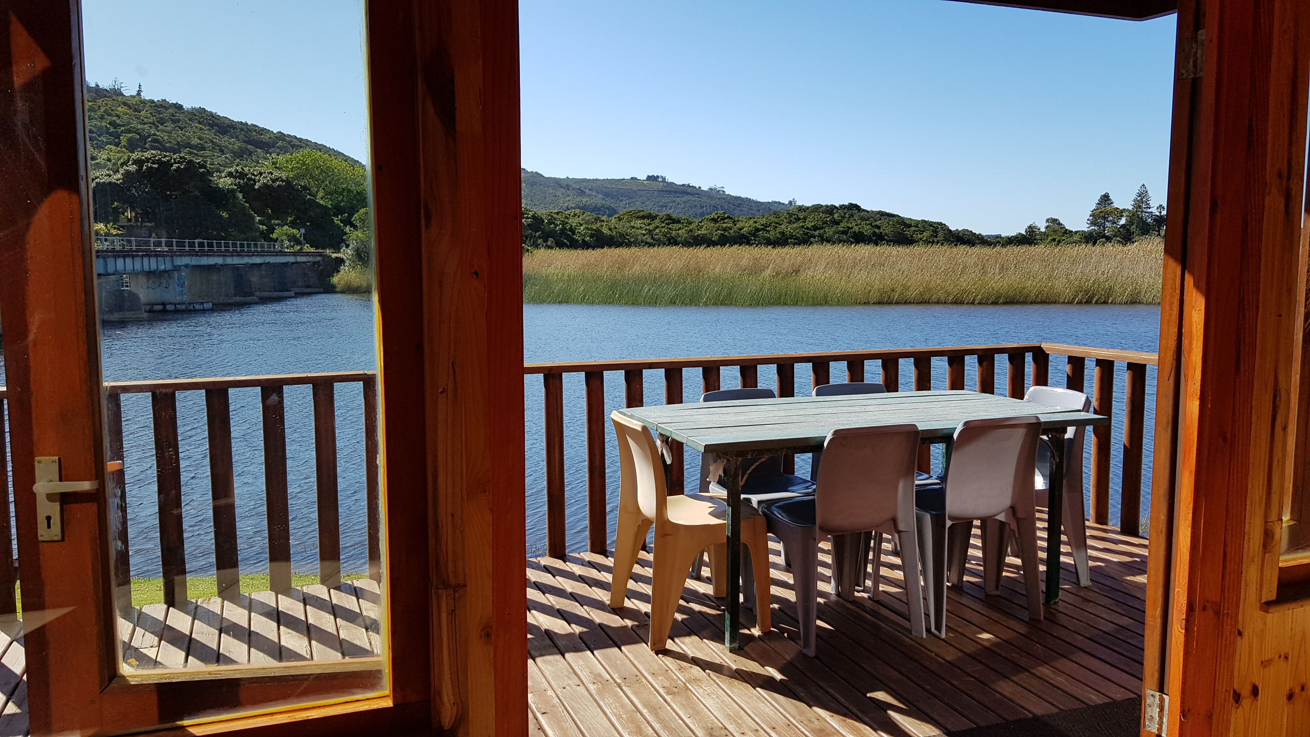 No17LoungeView2_Pirates_Creek_Accommodation