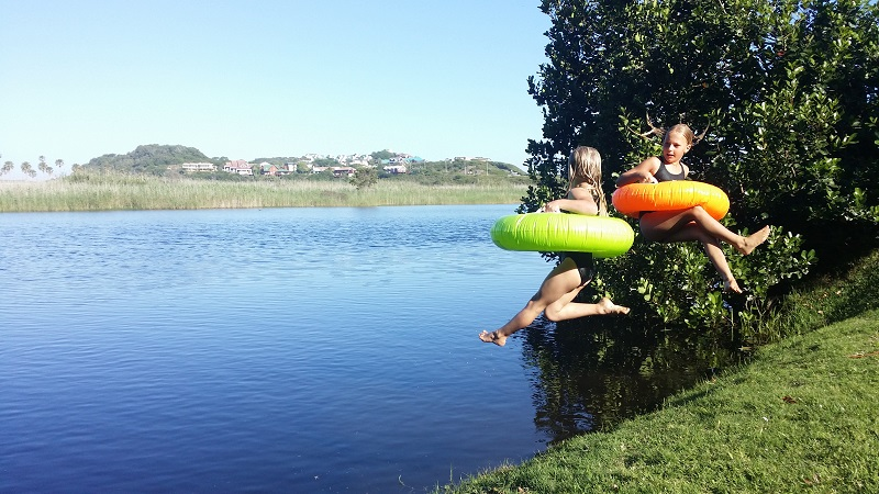 River_jumping_fun_pirates_creek_accommodation