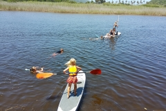Supping-kids-pirates-creek-accommodation